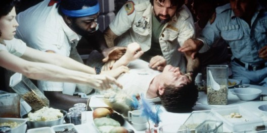 alien-1979-movie-still-1-660x330